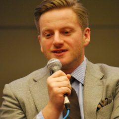 Szczepan Twardoch - autor, którego według raportu BN 2020 Polacy lubią czytać